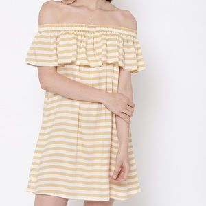 Off the shoulder dress/ sundress/ yellow/ white